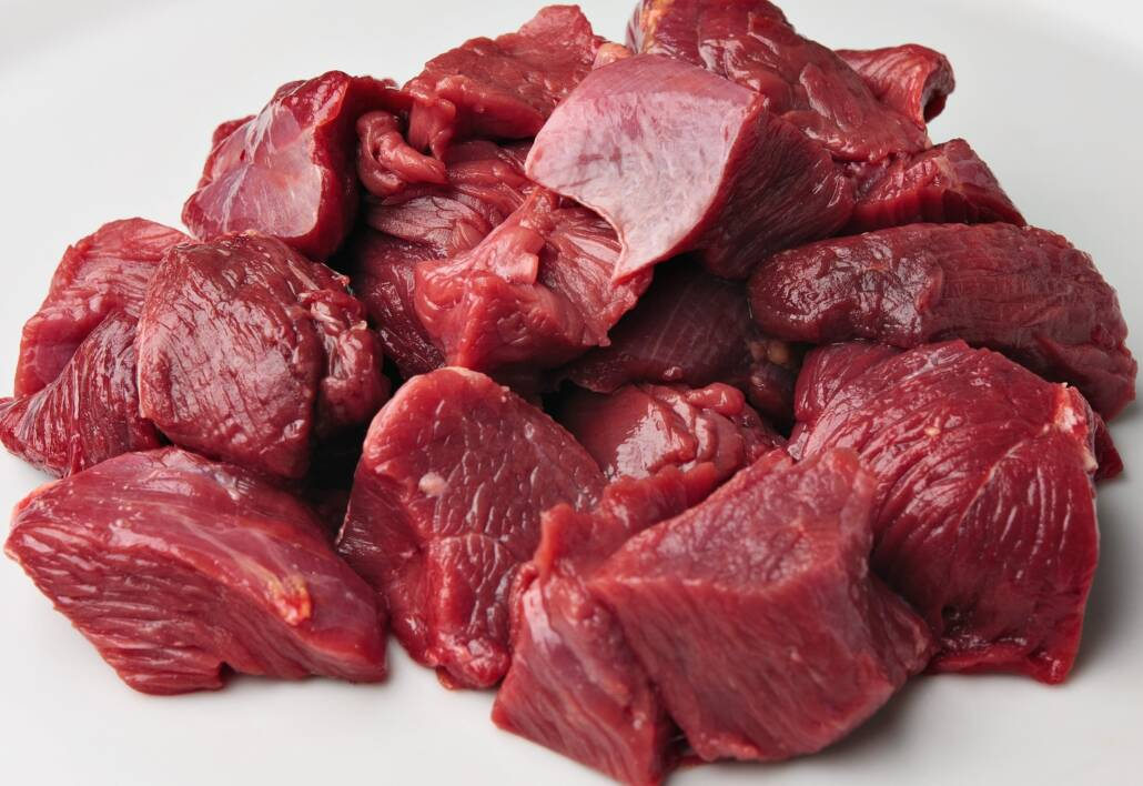 Emu hús - gulyás kocka
